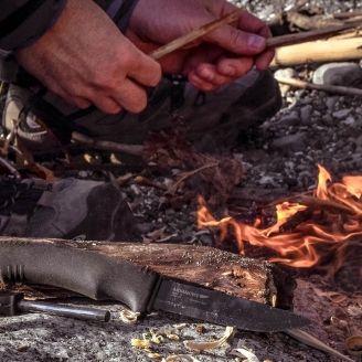 Mora Bushcraft Survival Hiiliteräspuukko